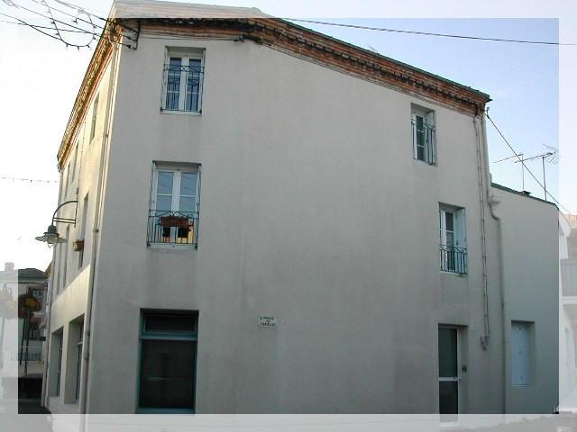 Location appartement Le fuilet 420€ CC - Photo 1