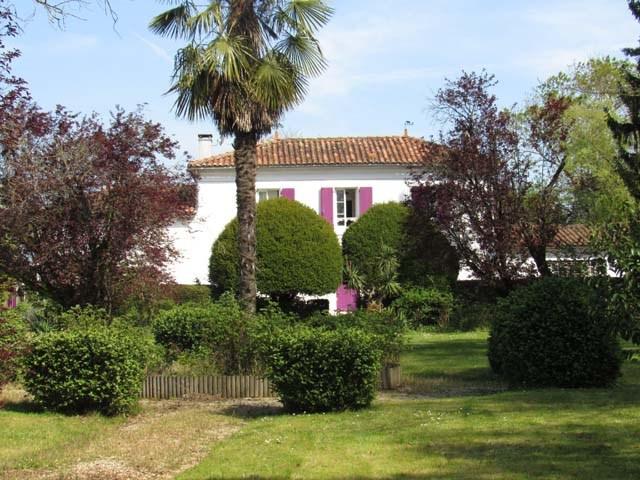 Vente maison / villa Villeneuve-la-comtesse 295400€ - Photo 3