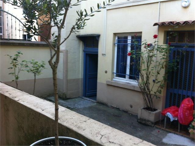 Verhuren  appartement Lyon 4ème 546€ CC - Foto 5