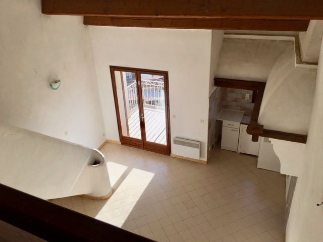 Rental apartment Le castellet 760€ CC - Picture 4