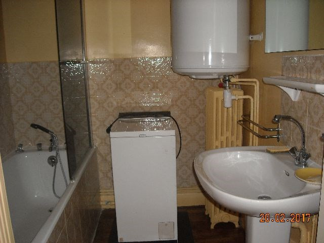Location appartement Vichy 240€ CC - Photo 3