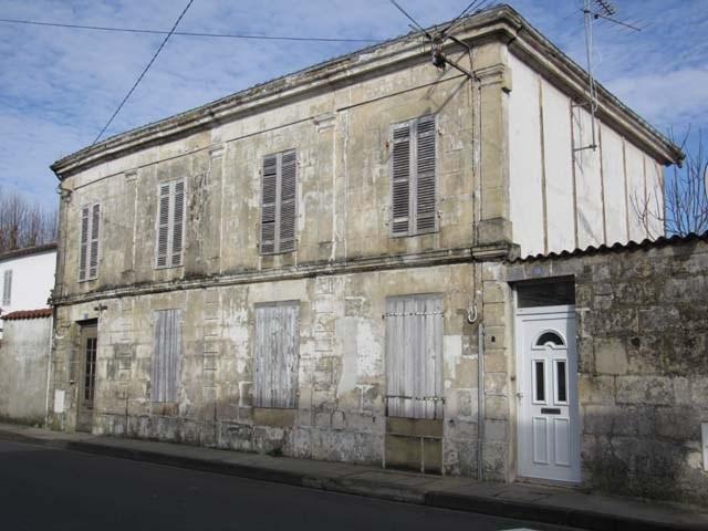 Vente maison / villa Saint-jean-d'angély 49800€ - Photo 1
