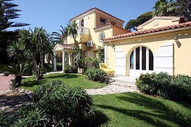 Deluxe sale house / villa Cap d'antibes 2600000€ - Picture 2