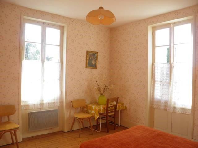 Sale house / villa Romenay 125000€ - Picture 6