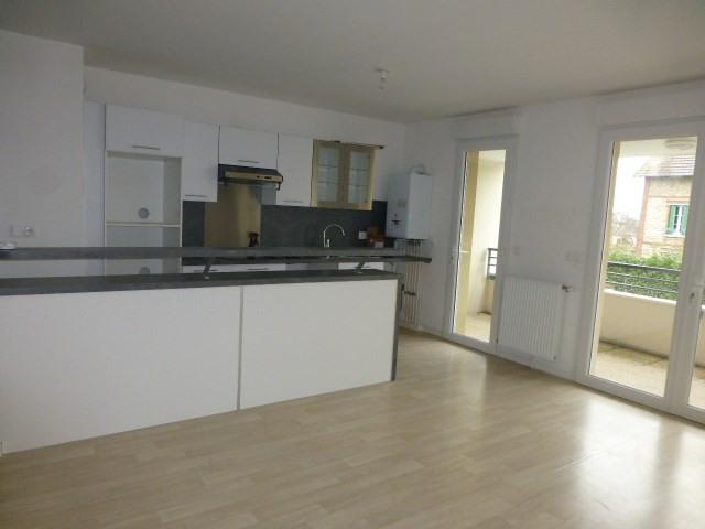 Rental apartment Gargenville 830€ CC - Picture 4