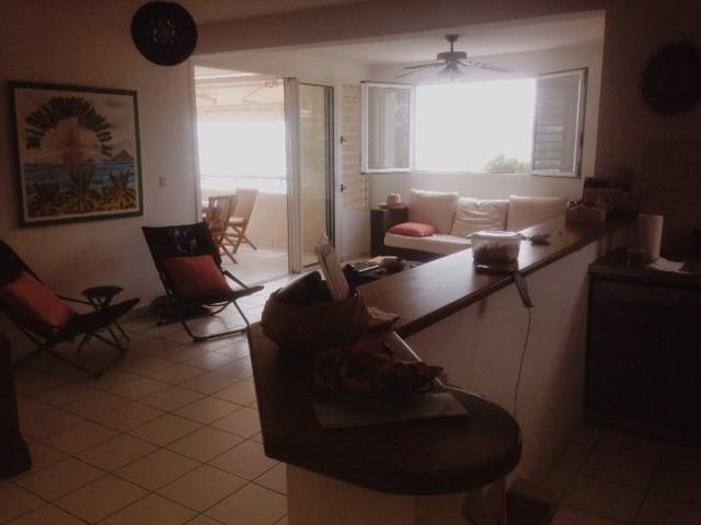 Location appartement Le marin 990€ CC - Photo 5