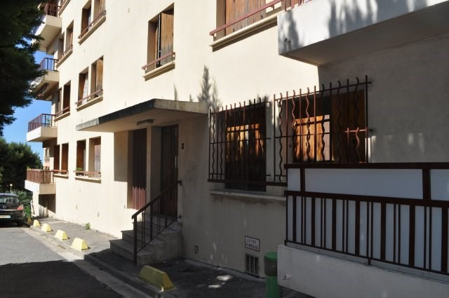 Rental apartment Marseille 16ème 1028€ CC - Picture 8