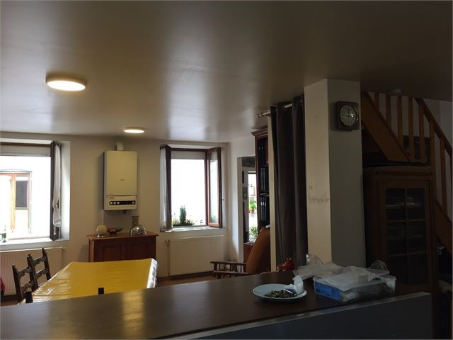 Sale apartment Toul 93 000€ - Picture 1