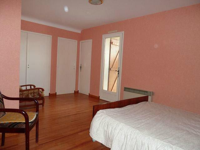 Sale house / villa Soumoulou 262250€ - Picture 9