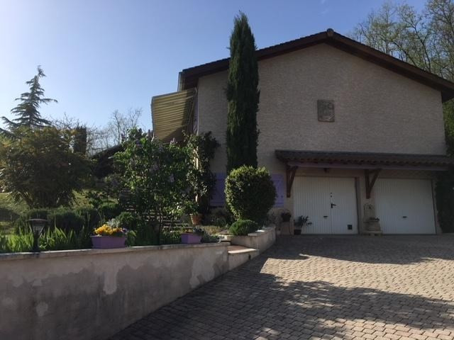 Sale house / villa St just chaleyssin 364000€ - Picture 11