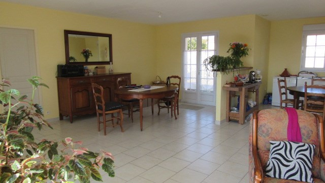 Sale house / villa Saint-denis-du-pin 148 500€ - Picture 3
