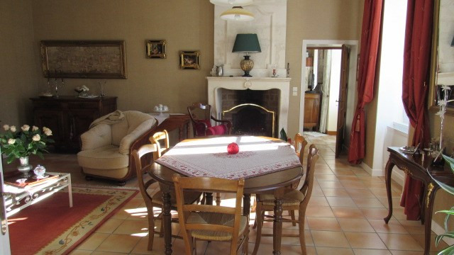 Sale house / villa Nantillé 438 900€ - Picture 6