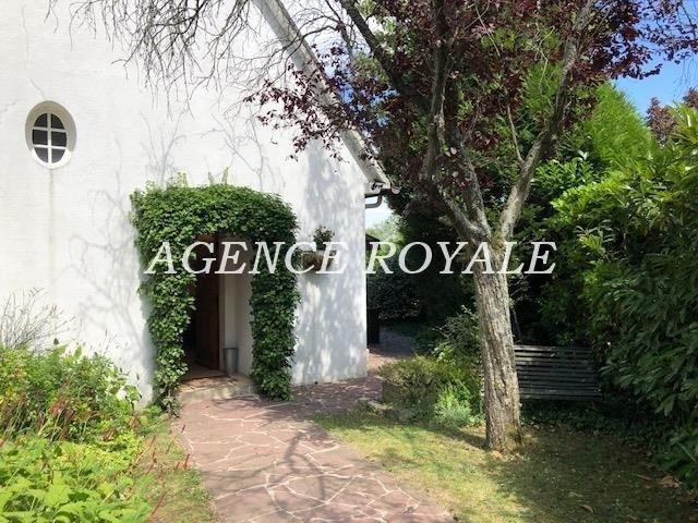 Deluxe sale house / villa Chambourcy 1079000€ - Picture 1
