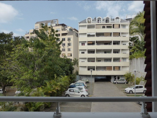 Vente appartement St denis 85 000€ - Photo 1