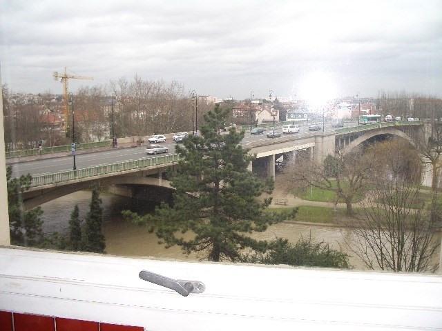 Rental apartment Joinville le pont 670€ CC - Picture 1
