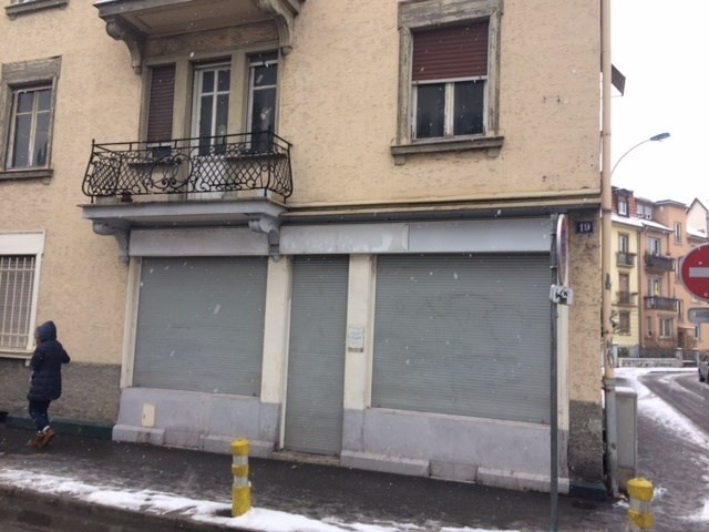 Location local commercial Strasbourg 1 300€ CC - Photo 1
