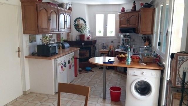Sale house / villa Saint-jean-d'angély 110000€ - Picture 3