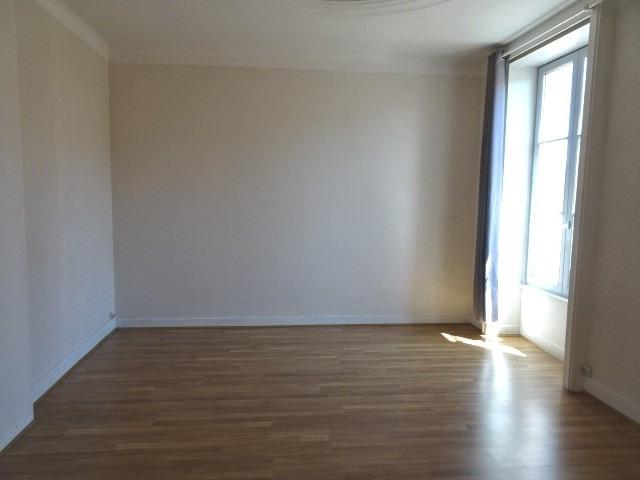 Location appartement Villefranche sur saone 440€ CC - Photo 3