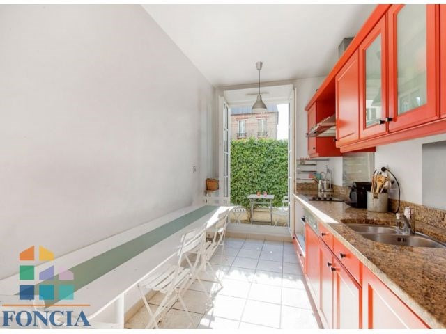 Deluxe sale apartment Suresnes 1 090 000€ - Picture 5
