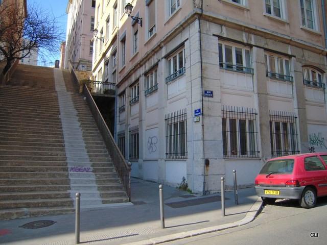 Rental apartment Lyon 1er 930€ CC - Picture 2