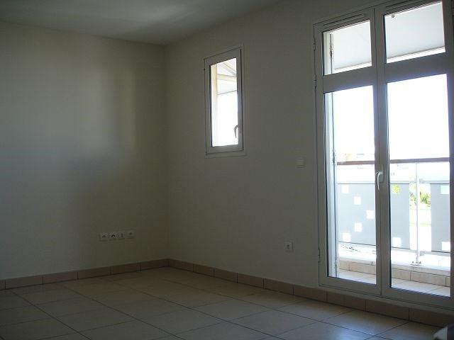 Location appartement St denis 1229€ CC - Photo 4