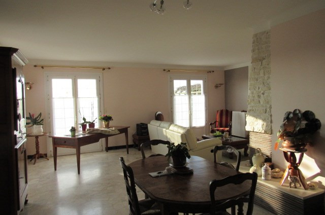 Vente maison / villa Saint-savinien 222600€ - Photo 5
