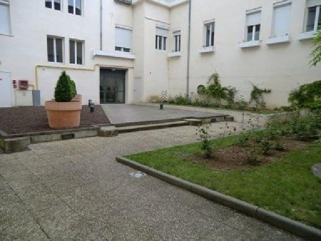 Rental apartment Chalon sur saone 650€ CC - Picture 7