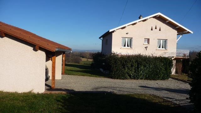 Revenda casa Saint-marcellin-en-forez 219000€ - Fotografia 2
