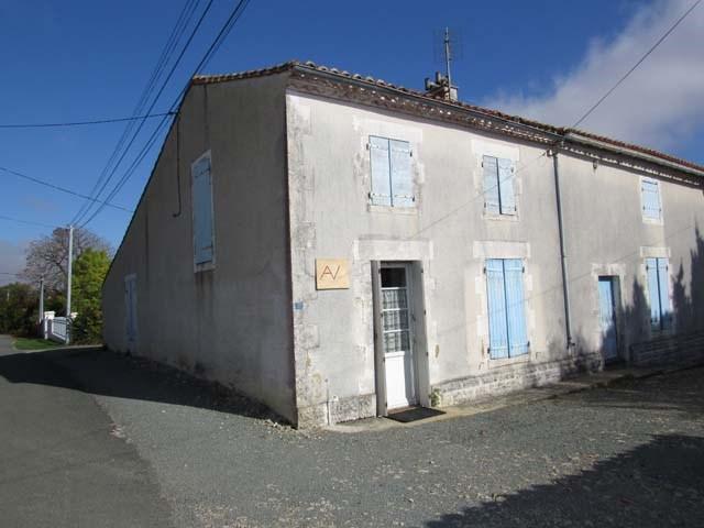 Sale house / villa La jarrie-audouin 35800€ - Picture 1