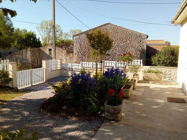 Vente maison / villa Bords 185 500€ - Photo 3