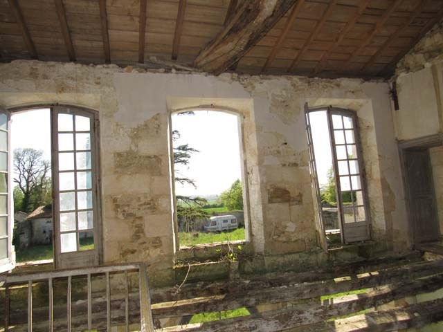Sale house / villa Asnières-la-giraud 284800€ - Picture 6