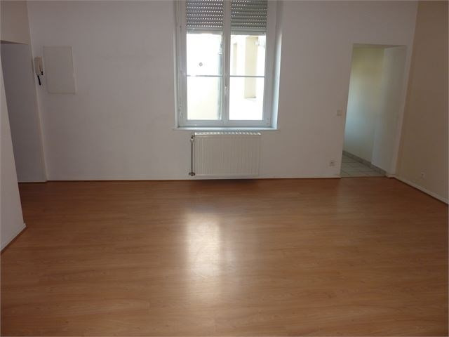 Rental apartment Toul 410€ CC - Picture 4