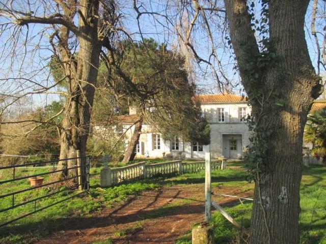Sale house / villa Tonnay-charente 449350€ - Picture 8