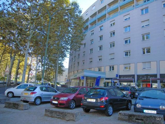 Location appartement Villeurbanne 410€ CC - Photo 1
