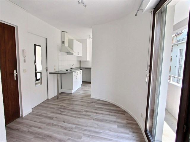 Rental apartment Annecy 560€ CC - Picture 2