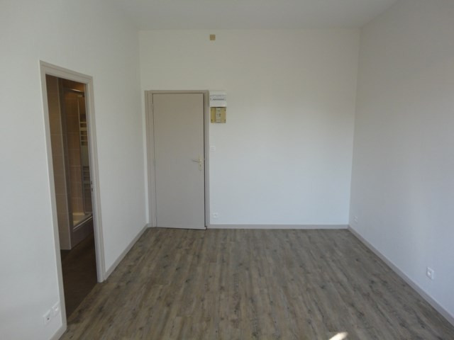 Location appartement Vaulnavey le haut 300€ CC - Photo 2