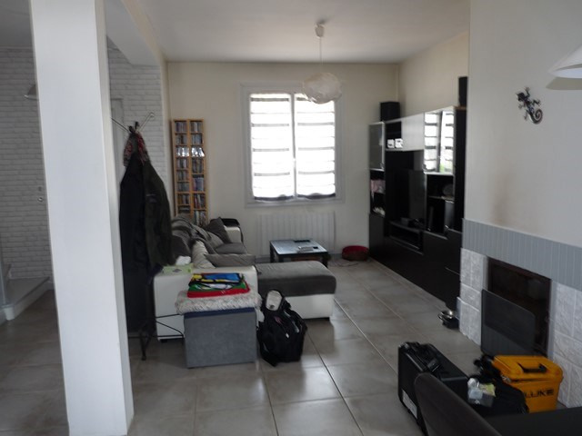 Sale house / villa Montrond-les-bains 132000€ - Picture 3