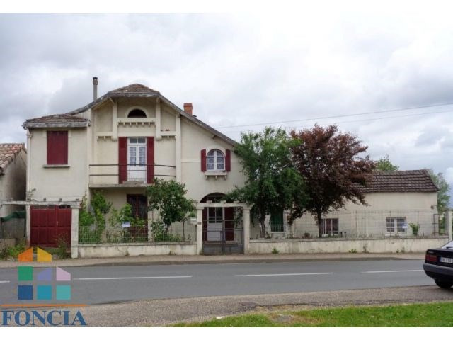 Sale house / villa Le fleix 66 000€ - Picture 1