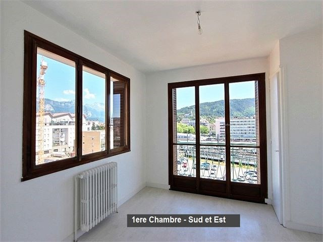Location appartement Annecy 882€ CC - Photo 3