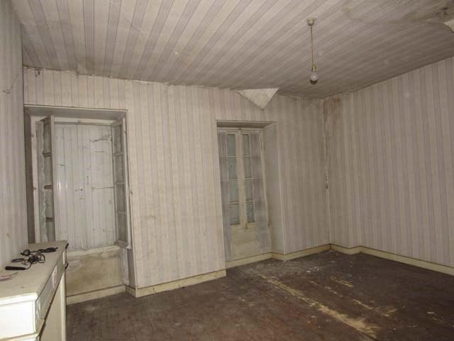 Sale house / villa Saint-jean-d'angély 43500€ - Picture 4