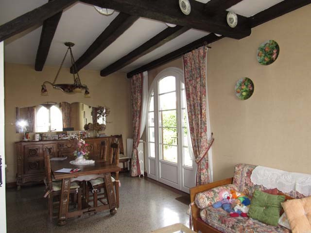 Sale house / villa Saint-jean-d'angély 148 400€ - Picture 6