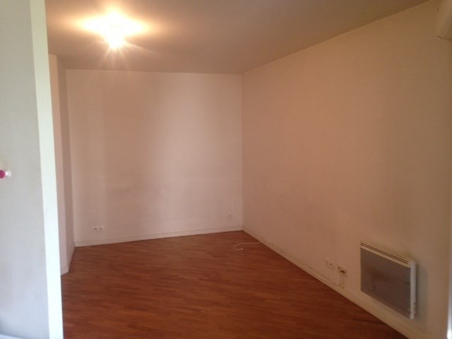 Location appartement Clichy 730€ CC - Photo 3