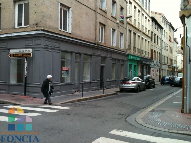 Location local commercial Saint-étienne 633€ CC - Photo 3