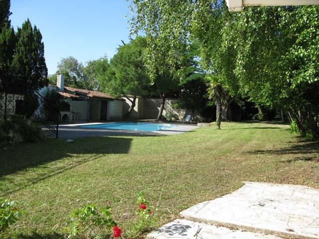 Sale house / villa Saint-jean-d'angély 159000€ - Picture 3