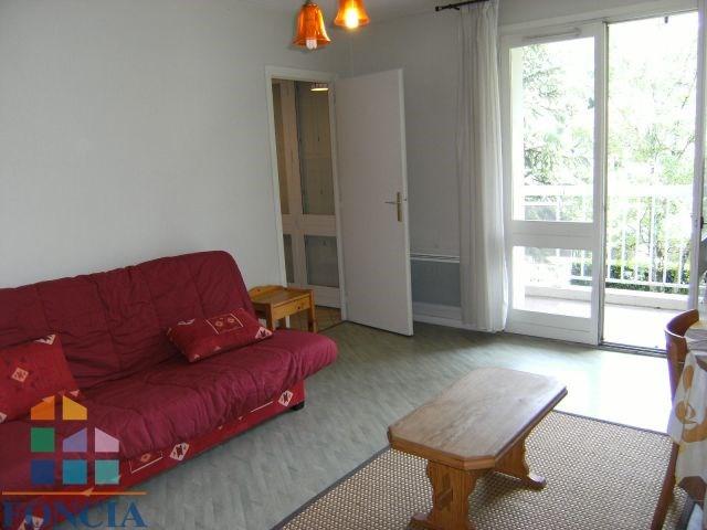 Locação apartamento Chambéry 476€ CC - Fotografia 3