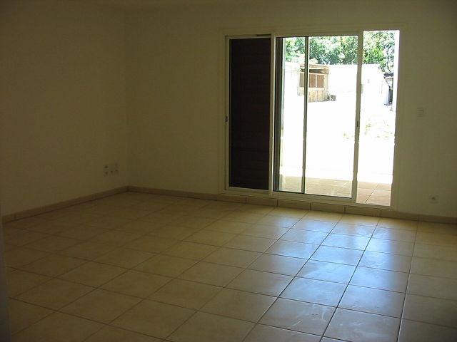 Location appartement Belle pierre 729€ CC - Photo 2