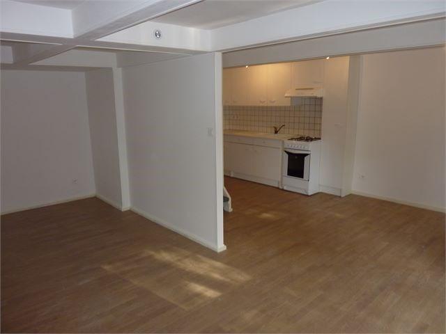 Location appartement Toul 355€ CC - Photo 2