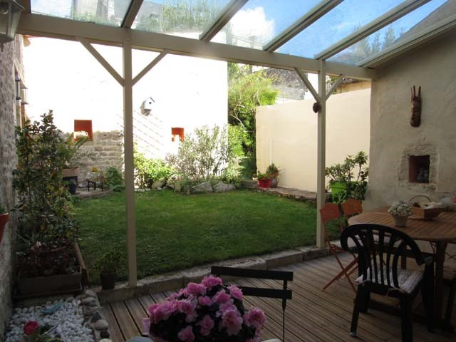 Sale house / villa Saint-jean-d'angély 217 300€ - Picture 3