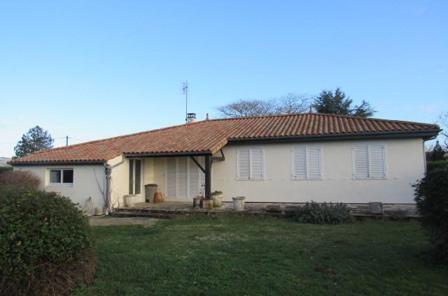 Vente maison / villa Bords 174900€ - Photo 1