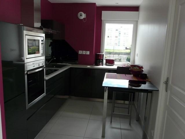 Sale apartment Saint-genest-lerpt 299900€ - Picture 3